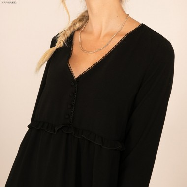 Robe Noire Col V Broderies
